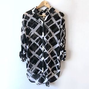 Chico's Black & White Semi-Shear Blouse | Size 0